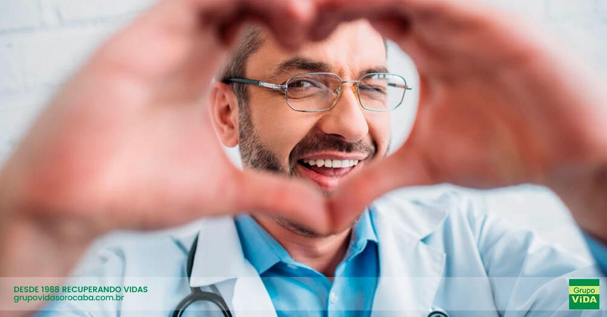 Internação em Clínica de Reabilitação para Dependentes de Drogas de Adolfo - SP | Clinica de Reabilitação com Médicos Especializados - Grupo ViDA