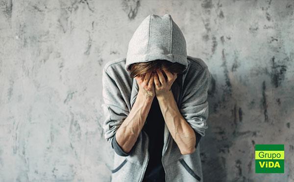 Dependente de Drogas - Clínica de Recuperação em Álvares Florence - SP
